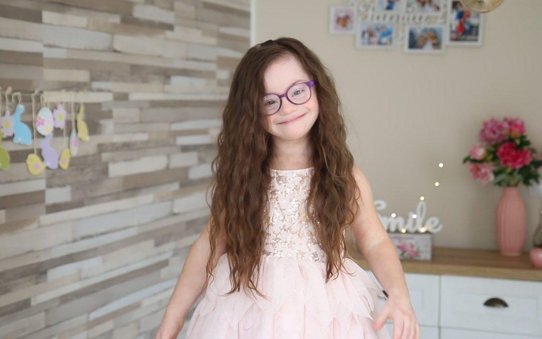 """Как основателите на фондация """"Живот със Синдром на Даун"""" успяват да преборят догми, наредби и учебници, за да осигурят по-добър живот на дъщеря си и другите като нея"""
